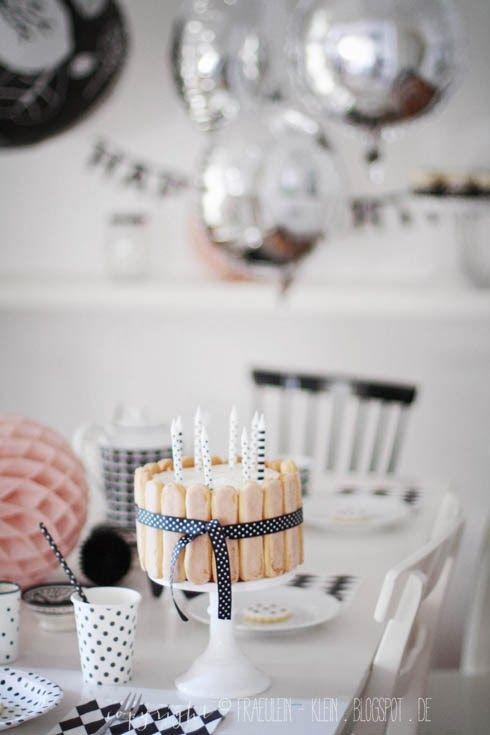 Fräulein Klein : eine kleine Geburtstagsfeier