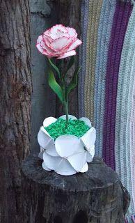 Tem de tudo um pouco: Flores em E.V.A eArtesanato