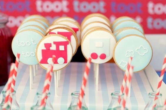Google Image Result for http://1.bp.blogspot.com/_NHb_2X02ACw/TI9dAJxXyII/AAAAAAAAB00/fV8r-igPJ_Q/s1600/train%2Bcookies.jpg