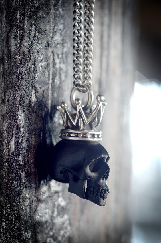 Skulls: Black #Skull Pendant.