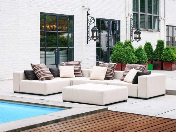 Lounge Gartenmöbel Auswahl Wichtig Wetterfest Weich Tief. Pool Modern  Design Platz Nehmen Groß Niedrig
