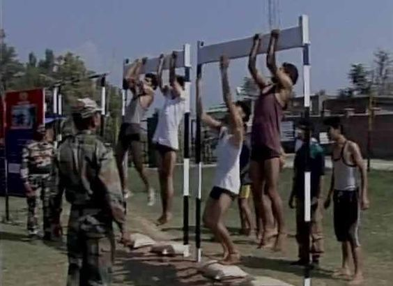 Despite separatist call to not join Indian Army J&K youth line up for recruitment test in Anantnag