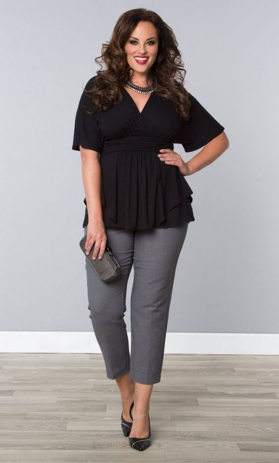 Last updated on May 11th, 2017 at 08:49 am This is the most classic outfit that you mainly pick for work styling. Every woman needs a pair of gray cigarette pants that she can combine with a classic white shirt… Continue Reading → #Plussizefashionforwomen