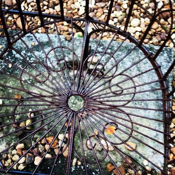 Spiral Bench.