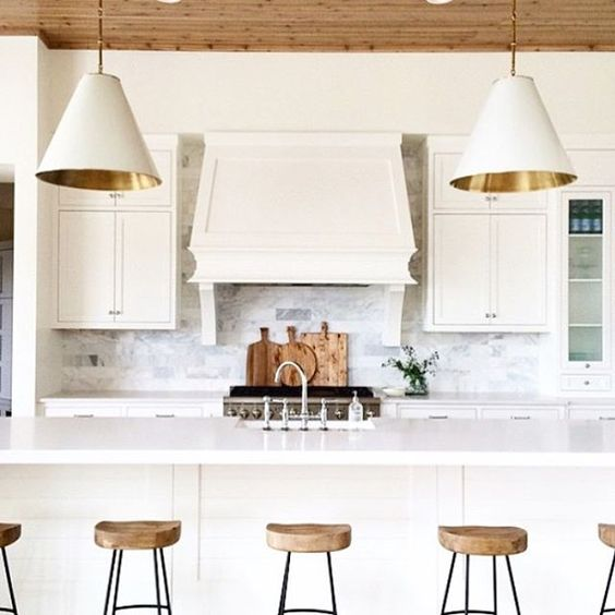 Friday kitchen inspiration designed by  @winnlife Seriously in ❤️ with all of it! Happy Weekend