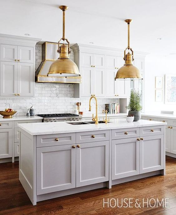 Best Gray And Gold Kitchen Features Gray Shaker Cabinets 400 x 300