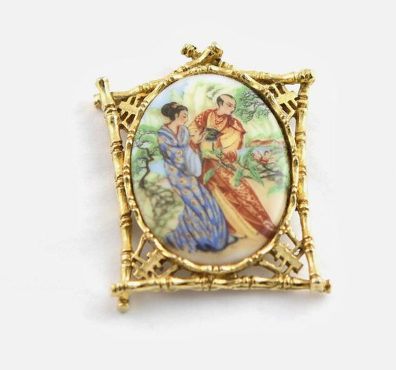 Oriental Themed Art Porcelain Brooch by MJGTreasures on Etsy