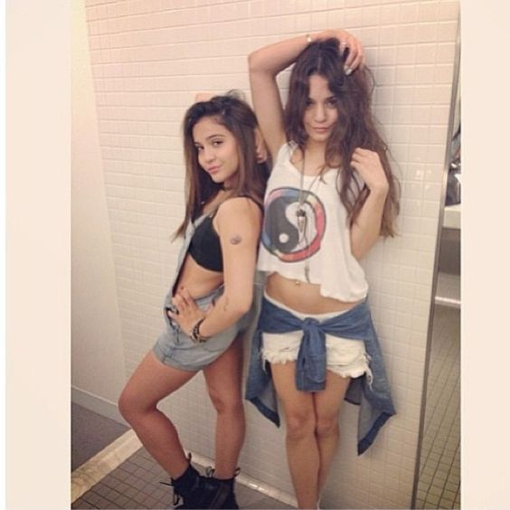 Stella Hudgens and our Chiyo top!