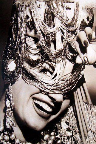 Poster Carmen Miranda de R$150 por R$34