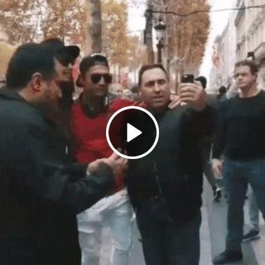 Cristiano Ronaldo, dando uma voltinha pela cidade