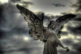 Resultado de imagen para esculturas en cementerios