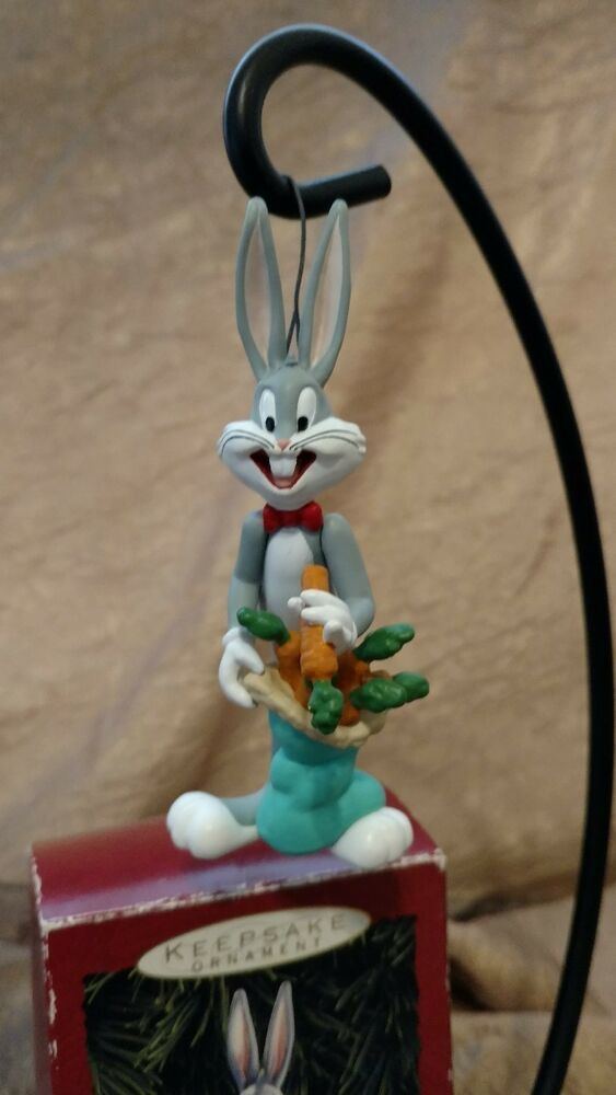 Bugs Bunny Hallmark Keepsake Ornament Looney Tunes Collection 1993 In 2020 Hallmark Christmas Ornaments Penguin Christmas Ornaments Hallmark Keepsake Ornaments