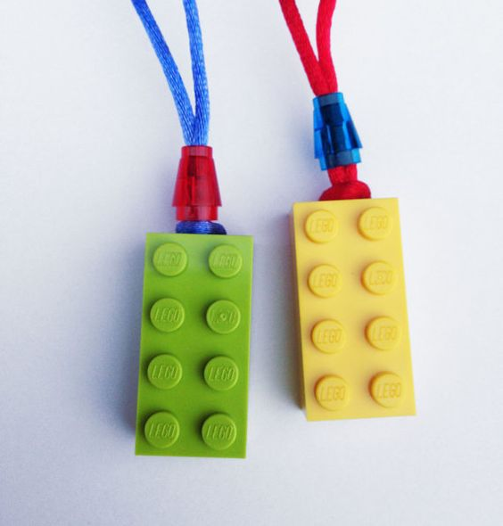 LEGO Party Favor Necklaces  Great for a stocking von JaynesArt