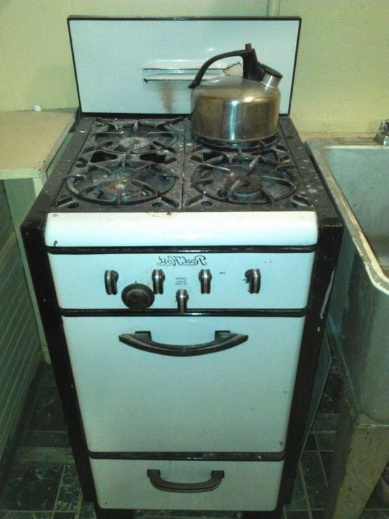 Real Host Brand 20 Real Host Vintage Gas Stove And Oven Works 50 Kitchen Stove Kitchen Cooktop