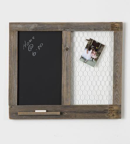 Decoração rústica simples: quadro de avisos em madeira e aramado