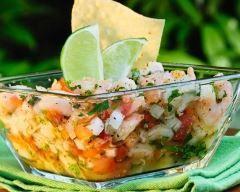 Thon à la tahitienne (concombre, tomates, coco) : http://www.cuisineaz.com/recettes/thon-a-la-tahitienne-concombre-tomates-coco-14650.aspx