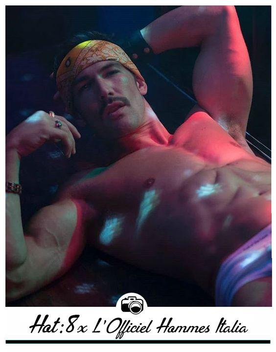 Capa de Revista: 8x L'Officiel Hommes Italia