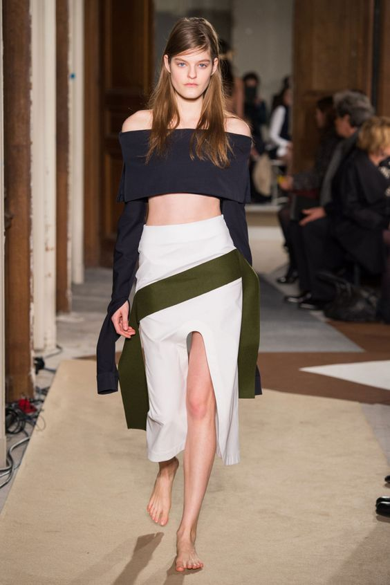 #Jacquemus #Fall #2015 #Fashion #Show #Fall2015 #mfw #Milan #Fashionweek via @TheCut