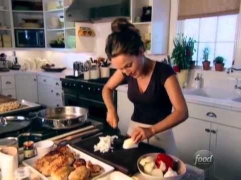 ▶ Giada's Chicken Cacciatore Recipe - YouTube