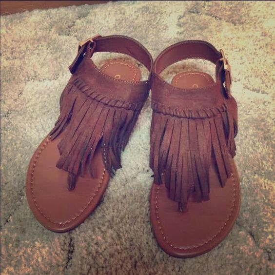 Brown fringe sandals Brown fringe sandals never worn Shoes Sandals