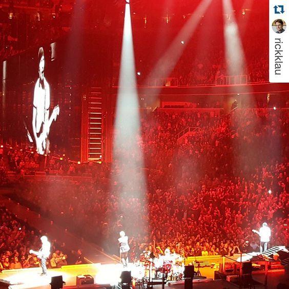 #Repost @rickklau with @repostapp. #u2 ・・・ What. A. Show. #U2ieTour