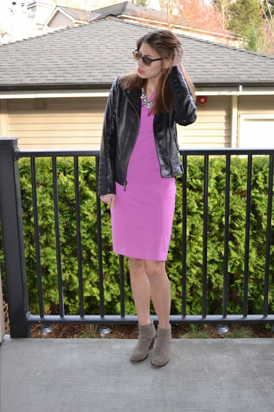 Fishbowl Fashion | Chic in Sheath