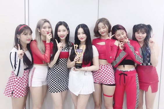 "Watch: MOMOLAND Takes 3rd Win For ""I'm So Hot"" On ""Show Champion""; Performances By TXT, KARD, Stray Kids, And More"