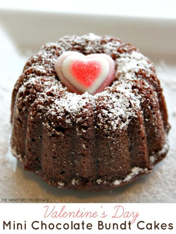 Mini Chocolate Bundt Cakes - cute dessert recipe idea!