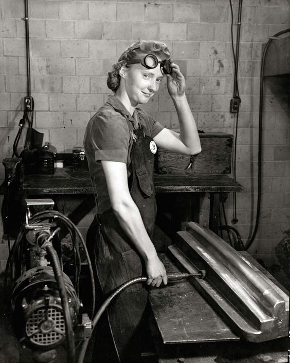 Inspiration! Woman worker at Curtiss-Wright, ca.1943-44 | Flickr - Photo Sharing!