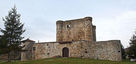 Efimerata_9 Castillos que no puedes dejar de ver en Burgos. Castillo de Los Porras. Virtus.