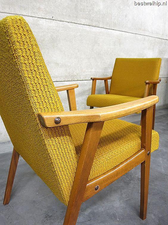 Oker gele vintage lounge stoelen scandinavische stijl vintage armchairs mid century design - Scandinavische coktail ...