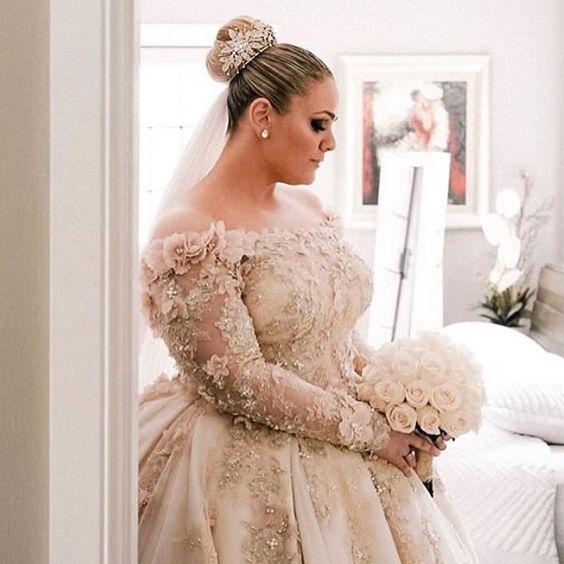 Amazing 50 Ball Gown For Pluz Size Brides Ideas Ball Gowns Wedding Plus Size Wedding Gowns Plus Wedding Dresses