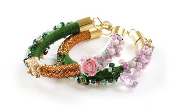 Rope Statement Bracelet Fiber Spring Bracelet di KiaFilStudios, $29.00/€21,49