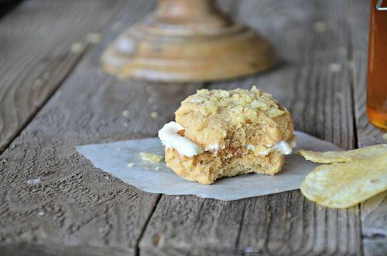 Peanut Butter & Honey Potato Sandwich Cookies with Honey Buttercream | mountainmamacooks.com