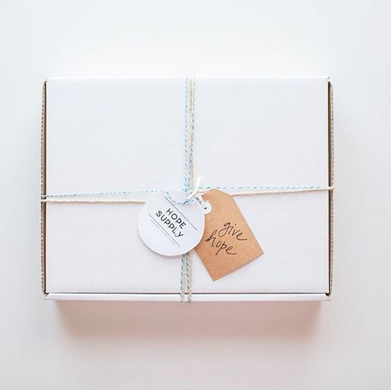 Subscribe to hope and order a seasonally curated box filled with ethically produced fashion accessory finds that empower women to rise above poverty. This box is a collaborative effort between Mi Esperanza, Arrowroot, Liz Alig, and Tribe Alive and includes over $135 in retail value. Become a partner in hope and sign up today!