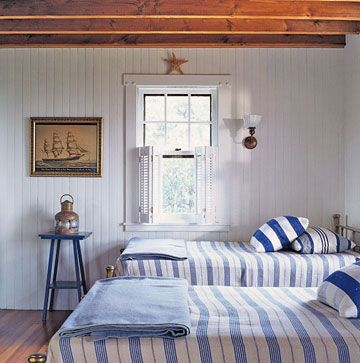 Blue White Bedrooms Beaches And Nautical Bedroom On Pinterest