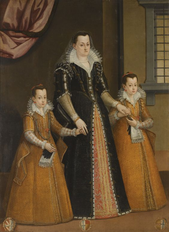 Florentine School — A Full-length Group Portrait of Three Figures, Said to Be Contessa Constanza Machiavelli a nd Her Two Daughters,   16th Century (2927x4000):