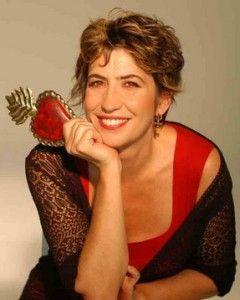 Serena Dandini:  http://www.lenuovemamme.it/lopinionedellemamme/ferite-a-morte/