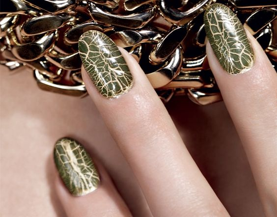 Golden Jungle Duo Dior Vernis - gold enamel and khaki crocodile crackle top coat