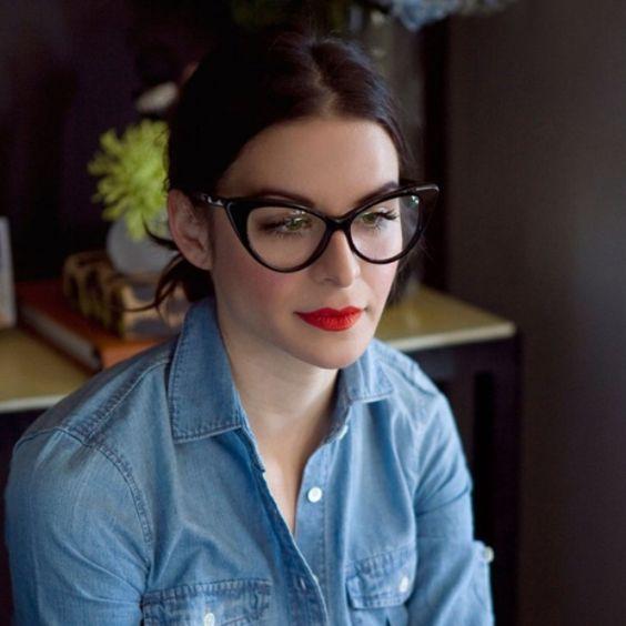 3-smart-tricks-and-17-stylish-makeup-ideas-for-glasses-wearers-4 Styleoholic | Styleoholic