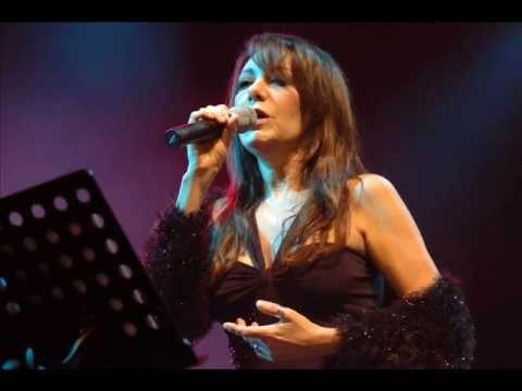 ADRIANA VARELA - Anclao en Paris