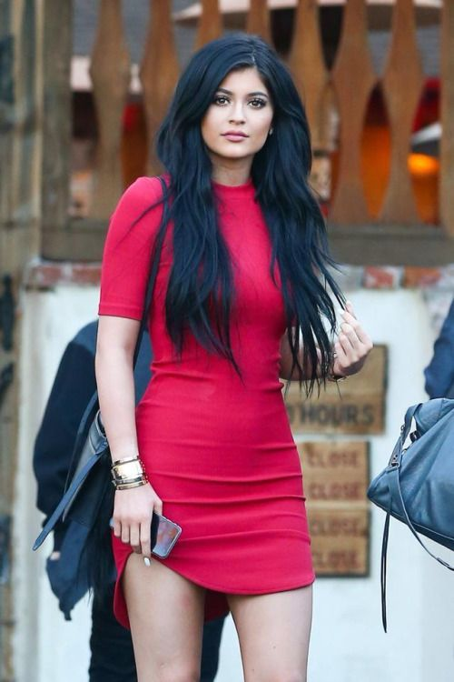 22 Best Outfits of Kylie Jenners Street Style Fashions 2016