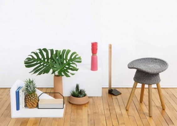 Les tabourets sont à remettre au goût du jour. Entre sièges et tables basses, les tabourets sont pratiques et reviennent dans les tendances déco. Adaptés à tous les types d'intérieur, surtout les petits espaces, on les aime dans tous les styles. Découvrez notre sélection de 14 tabourets à la fois design et pratiques.