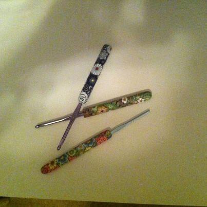 Minhas novas agulhas de crochet.  Sao como joias !!!