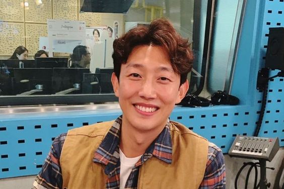 Kang Ki Young Talks About The Moment He Fell For His Wife