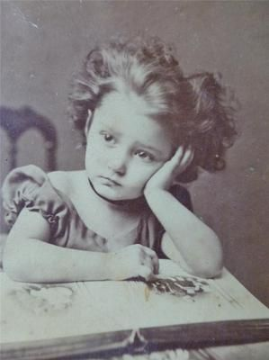 Cute Little Girl w Photo Album Well Composed Old Cabinet Card Photo C1870s | eBay