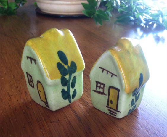 Vintage Folk Art Cottage Salt and Pepper Shakers on Etsy, $15.00
