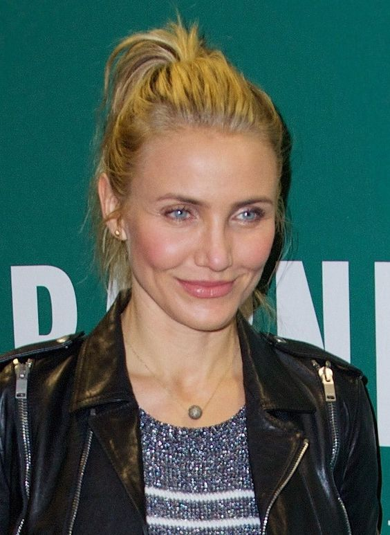 Cameron Diaz's leather jacket and stripes|Lainey Gossip Lifestyle