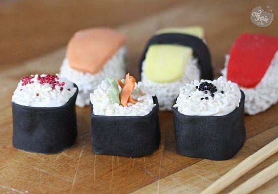 Cakes pop maki/suchi  et autre modeles originaux (batman, masque de beauté, pasteque..)