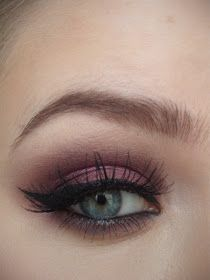 Love Thing: Valentine's Make-Up - Dramatic Cranberry Eyes